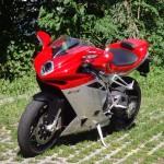 走る宝石!MVアグスタのバイク人気モデルと高価買取のコツ