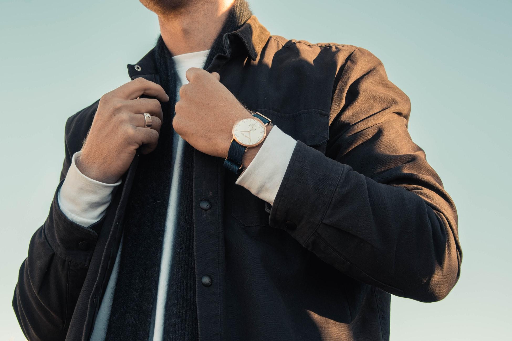 セクター(SECTOR)の時計を売るならここ!おすすめの買取店を紹介