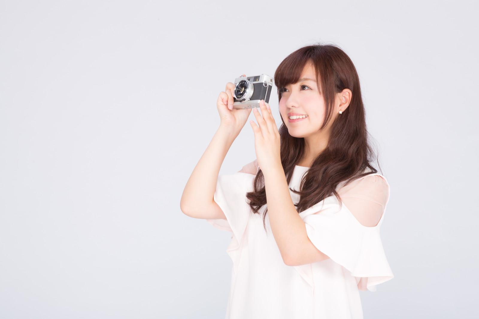 インスタントカメラの買取価格はどのくらい?高く売るコツは?