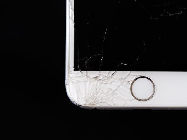 【広島編】iPhone修理店を価格で比較!正規店と非正規店の違いを解説