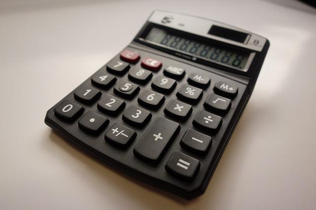 calculator-2359760_640