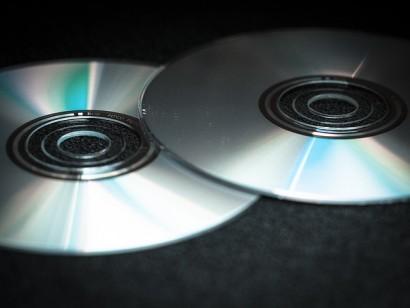 dvd-949230_640
