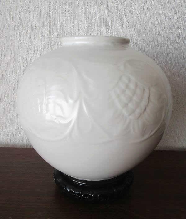 板谷波山_白磁花瓶