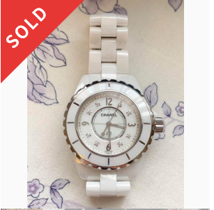 CHANEL J12 ホワイトセラミック腕時計