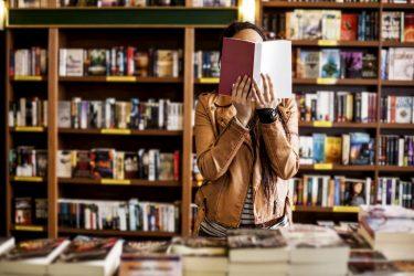 リサイクルショップ「万代書店」の口コミと評判、高価買取アイテムを紹介!
