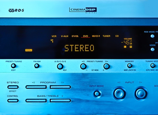 stereo-1108001_640