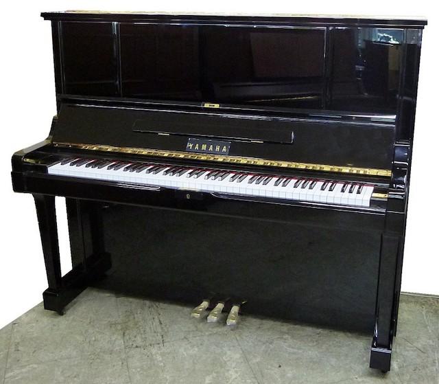 ヤマハ アップライトピアノ UX3